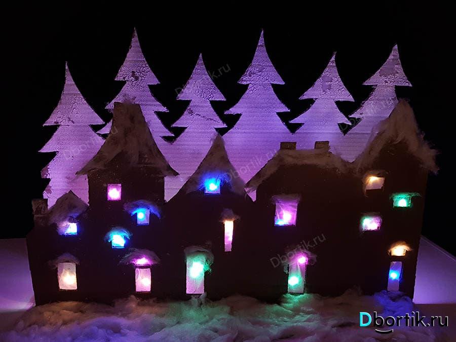 Новогодний Домик с лампочками и гирляндой. Поделка на новый год.