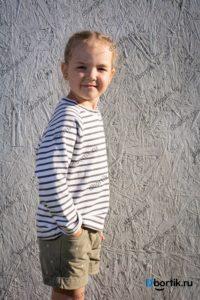 Детская кофта пуловер, вид сбоку