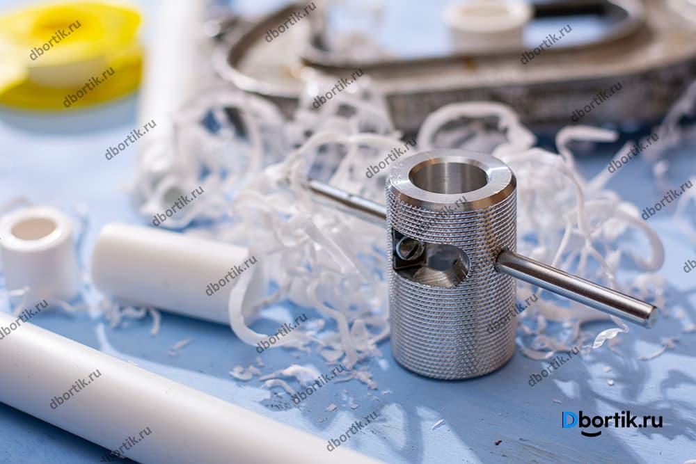 Заточка для пвх. Инструмент для обработки концов пвх трубы, срез верхнего слоя.