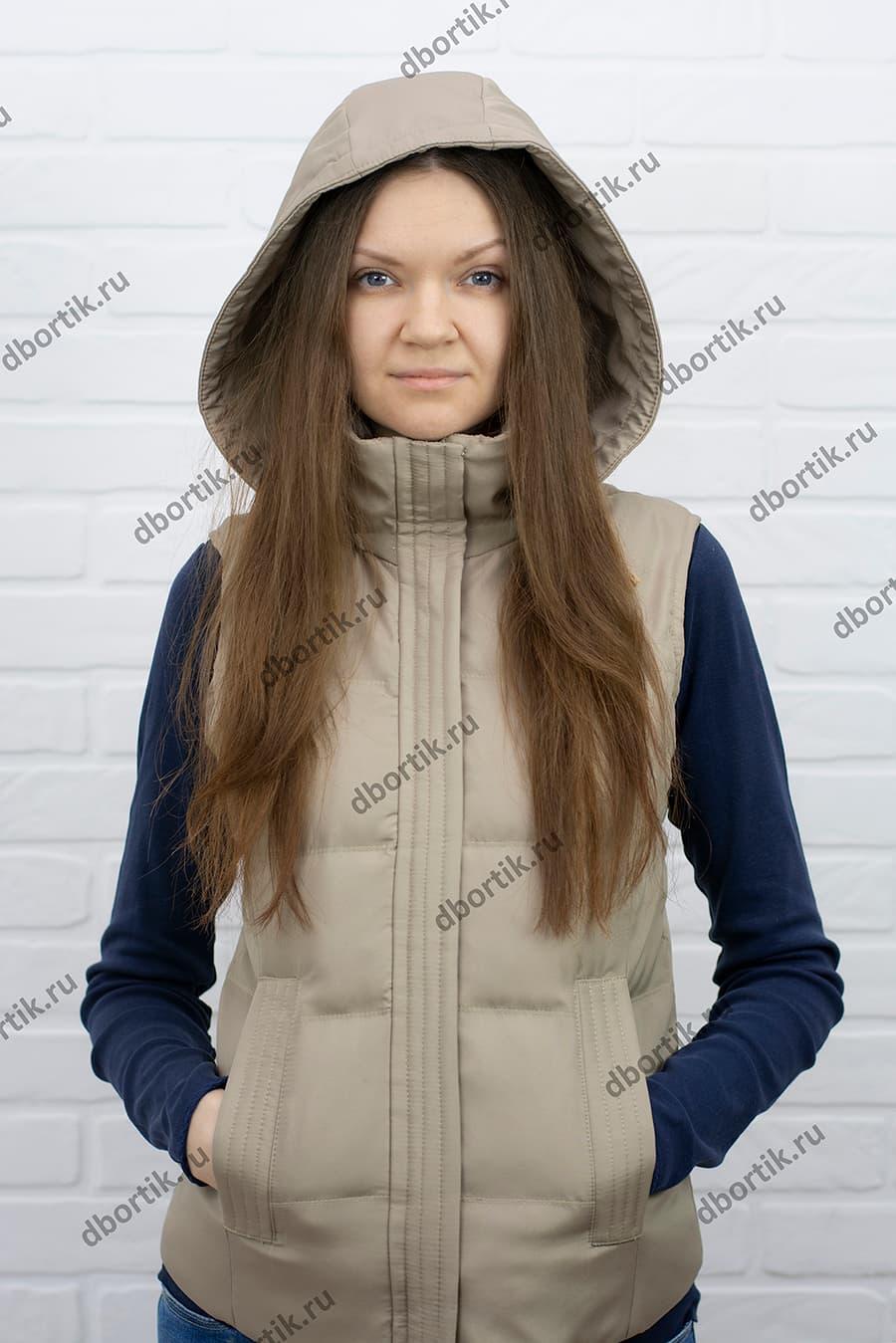Выкройка женской, утеплённой жилетки. Готовый вид.